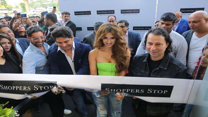 Shoppers Stop, Tapasaya One, Gurugram- India TV Paisa