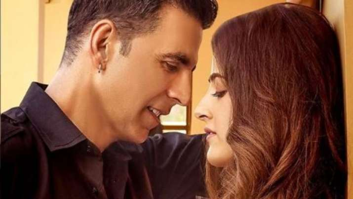 akshay kumar and nupur sanon- India TV