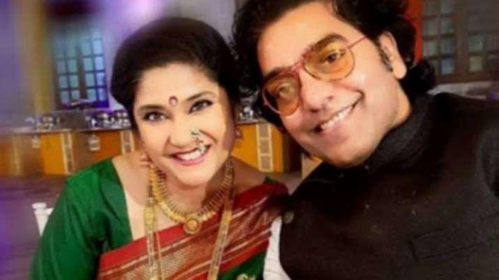 रेणुका शहाणे-...- India TV