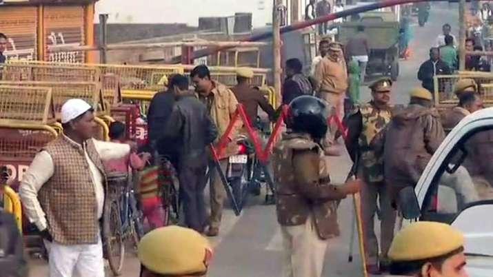फैसले से पहले अयोध्या में चप्पे-चप्पे पर सुरक्षाबल तैनात, लोग जमा कर रहे राशन- India TV