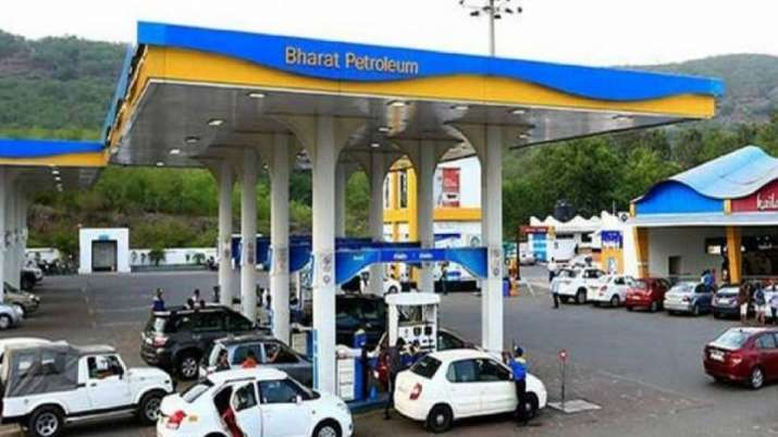 IOC, other PSUs not to bid for BPCL, hints government - India TV Paisa