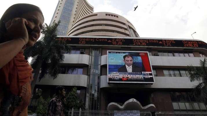 Sensex hits record peak of 40,435; Nifty nears 12K- India TV Paisa