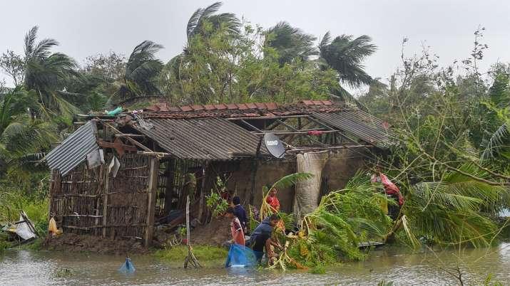 Bangladesh, Bangladesh Cyclone Bulbul, Cyclone Bulbul, Cyclone Bulbul Death- India TV