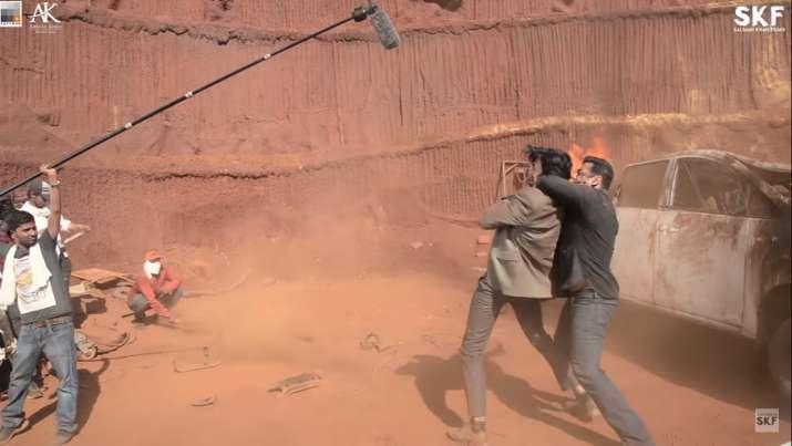 दबंग 3 के चुलबुल पांडे से मिलिए- India TV
