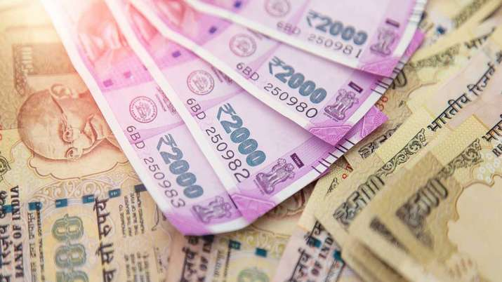 slowdown was biggest negative impact of demonetization, Rs 2,000 notes being hoarded- India TV Paisa