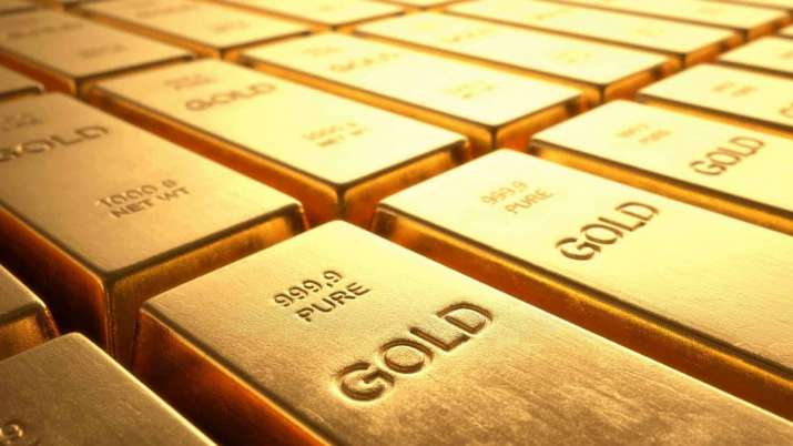 Investors withdraw money from gold ETFs in Oct to book profit - India TV Paisa