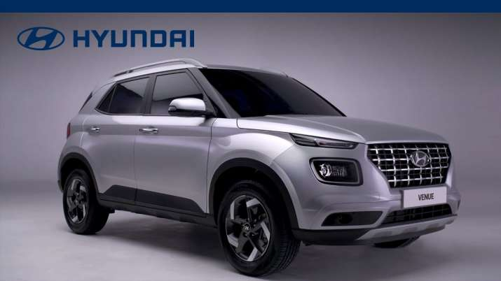 Hyundai VENUE- India TV Paisa