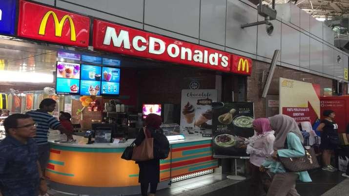 FSSAI slaps notice on McDonald's for disparaging advt- India TV Paisa