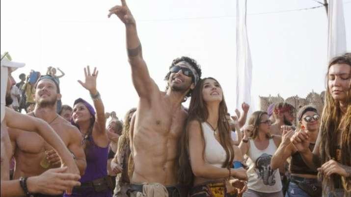Aditya roy kapur first look from malang- India TV