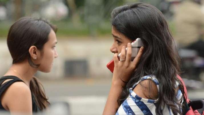 Mobile User । File Photo- India TV Paisa