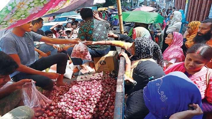 onion price in Bangladesh - India TV Paisa