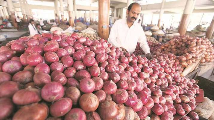 Income Tax department raids onion dealers across country- India TV Paisa
