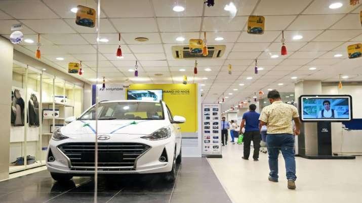 Passenger vehicle sales rise marginally in October- India TV Paisa