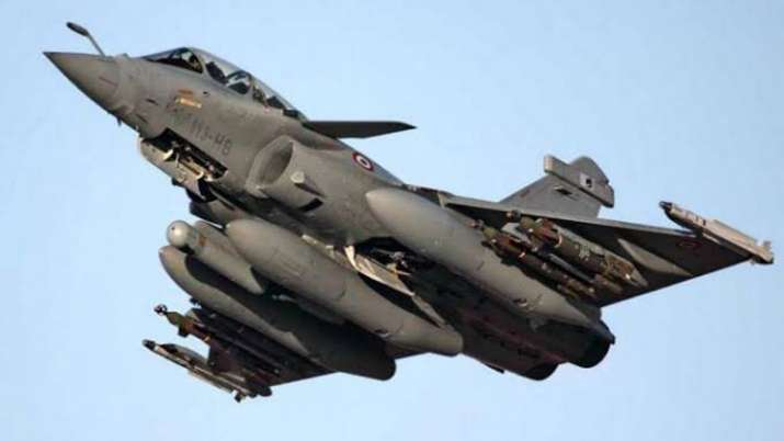 Three Rafale fighter jets handed overIndia, training IAF pilots underway in France- India TV