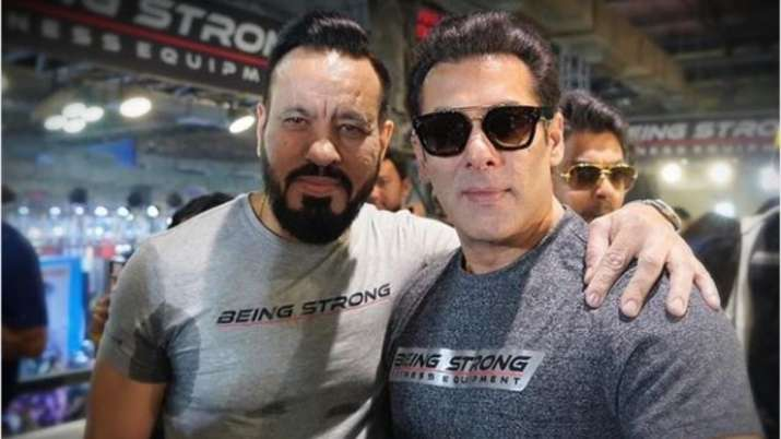 salman khan shares a picture- India TV