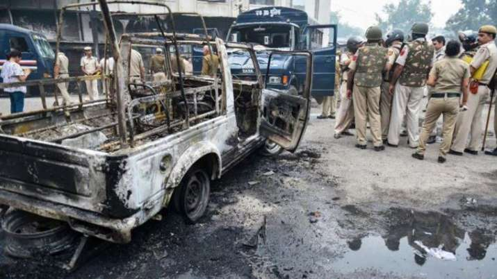 Tees hazari court case- India TV