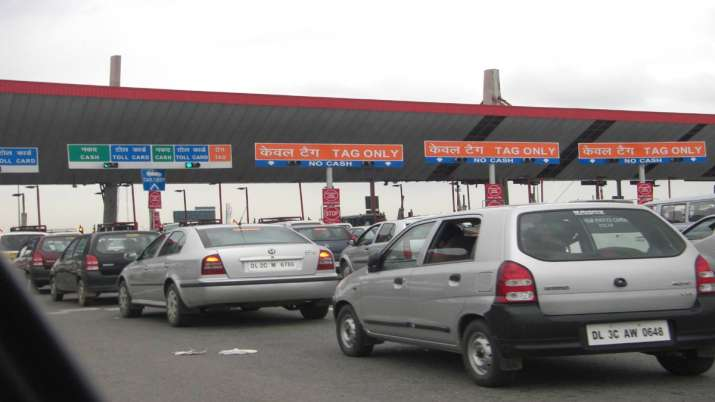 Double toll from Dec 1 for passing via FASTag lanes sans tags at toll plazas on NHs- India TV Paisa