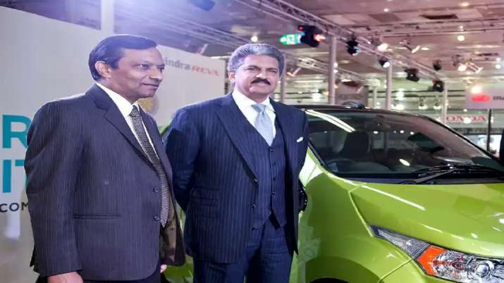 Anand Mahindra, Pawan Goenka, Mahindra Group - India TV Paisa