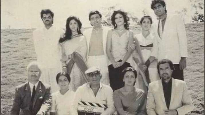 anupam kher shares throwback picture- India TV