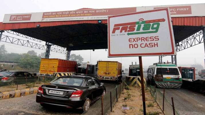 Govt starts pilot project for using FASTag for parking, Paytm Payments Bank issued 6 lakh FASTags in- India TV Paisa