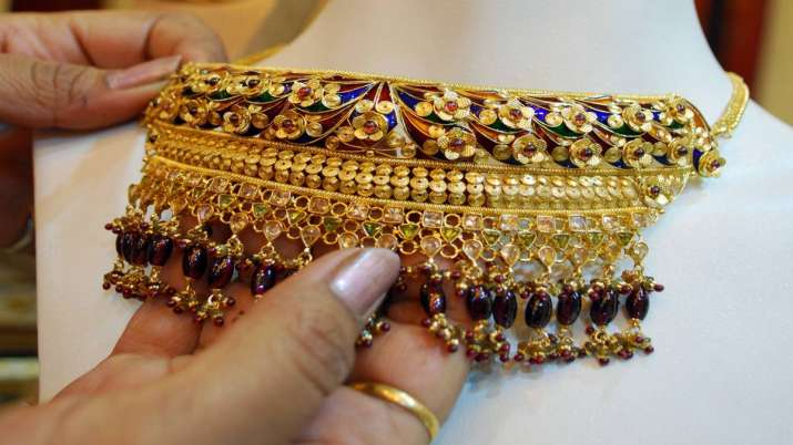 Gold, silver witness muted trend- India TV Paisa