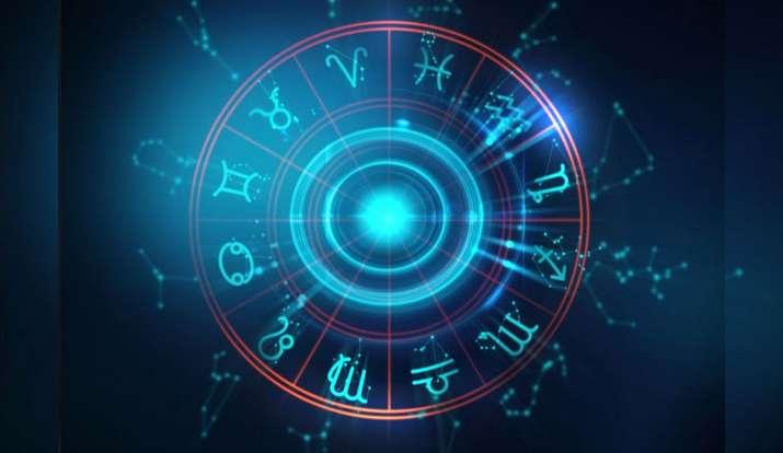 Daily horoscope 10 december 2019 - India TV