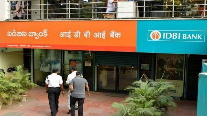 FinMin asks govt depts/agencies to continue to bank with IDBI- India TV Paisa