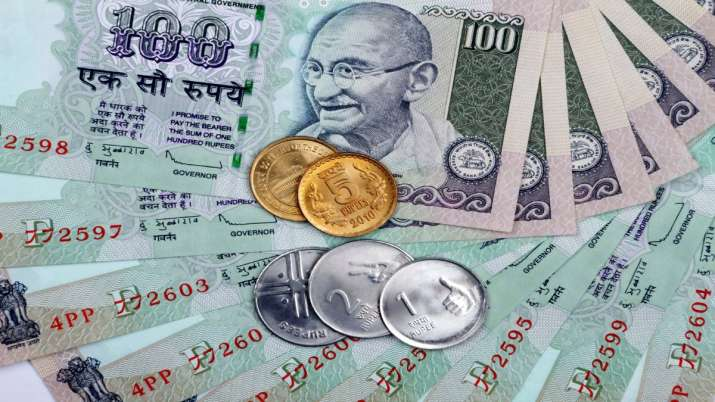 Rupee slips 9 paise to 71.27 against US dollar- India TV Paisa