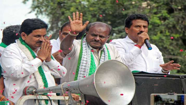 Karnataka by-election Campaigning ends - India TV