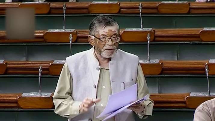Labour Minister Santosh Gangwar speaks in the Lok Sabha during the ongoing Winter Session of Parliam- India TV Paisa