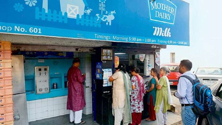 Mother Dairy hikes milk prices by up to Rs 3 per Litre- India TV Paisa