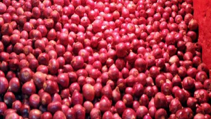 Onion Stock Limit reduced for wholesalers and retailers - India TV Paisa
