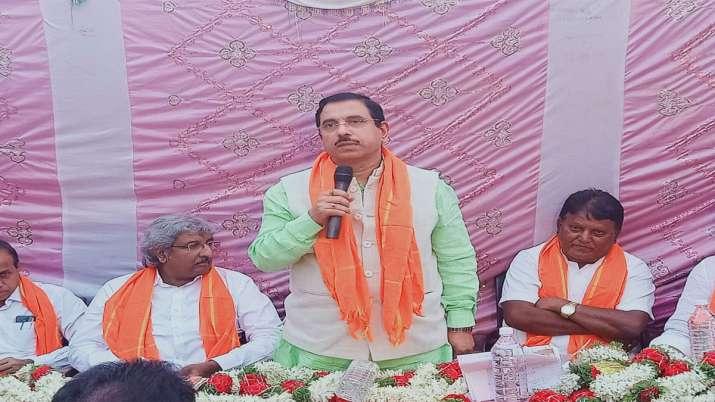 Shivsena can support Citizen amendment bill says parliament affairs minister Prahlad Joshi- India TV