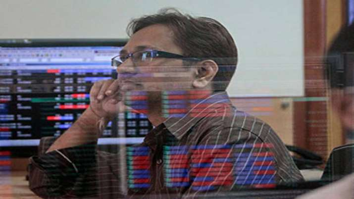 Sensex, Nifty inch up to record highs; Tata Steel spurts 3 pc- India TV Paisa