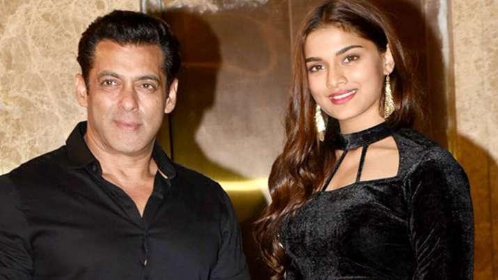 salman khan and saiee majrekar- India TV