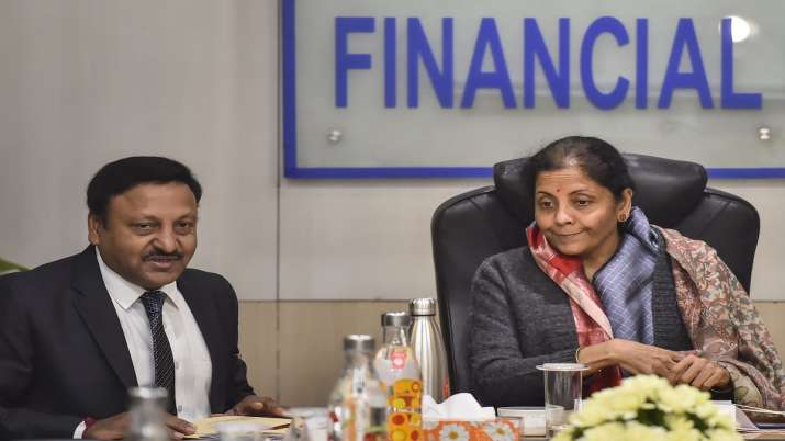vigilance cases against bank officials, vigilance cases, Nirmala Sitharaman, MDR charges- India TV Paisa