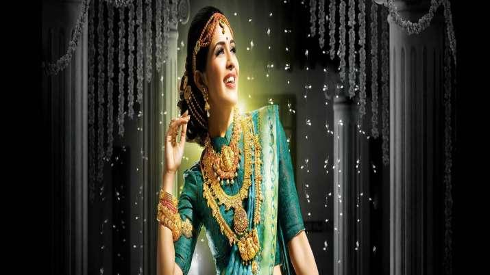 Govt notifies mandatory gold hallmarking- India TV Paisa