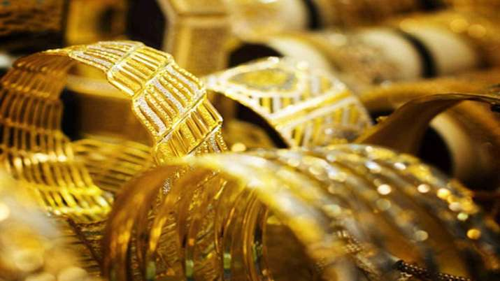 Gold jumps Rs 96, silver prices climb Rs 238- India TV Paisa