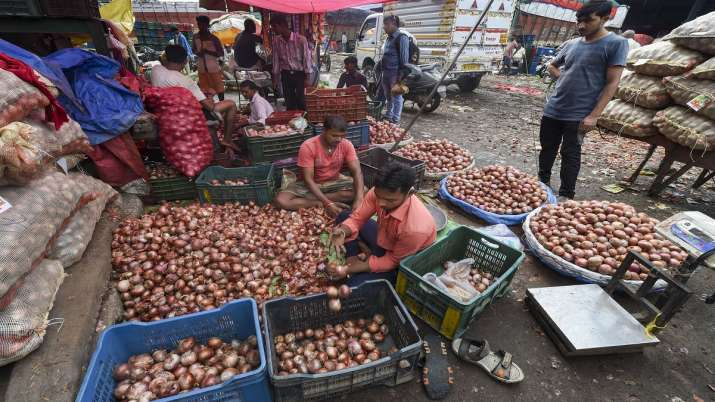 Government, onion exports, onion, onion Price- India TV Paisa