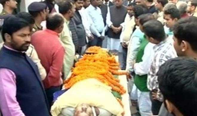 बिहार: नवनिर्वाचित...- Khabar IndiaTV